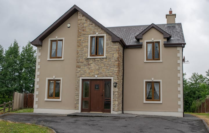Carrick on Shannon - No.6 Cnoc Na Si Self Catering