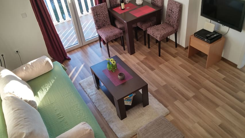 Apartment Mila, Sunny and Cozy - Tivat - Apartament