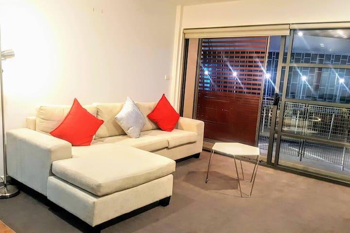 Spark Arena 2-bedroom apt w/ wide balcony #AKL