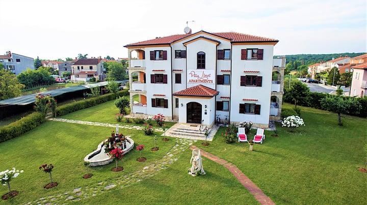 Villa Linet / Family standard apartment