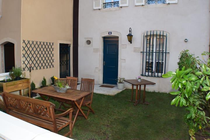 Gîte Sainte-Marguerite - Бон - Квартира