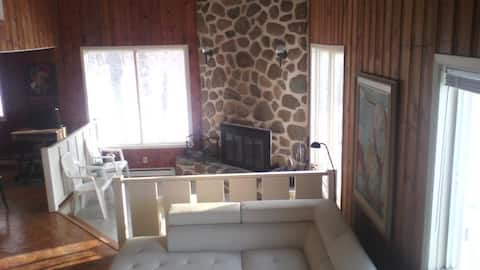 Rustique Chalet Suisse-Fully Renovated