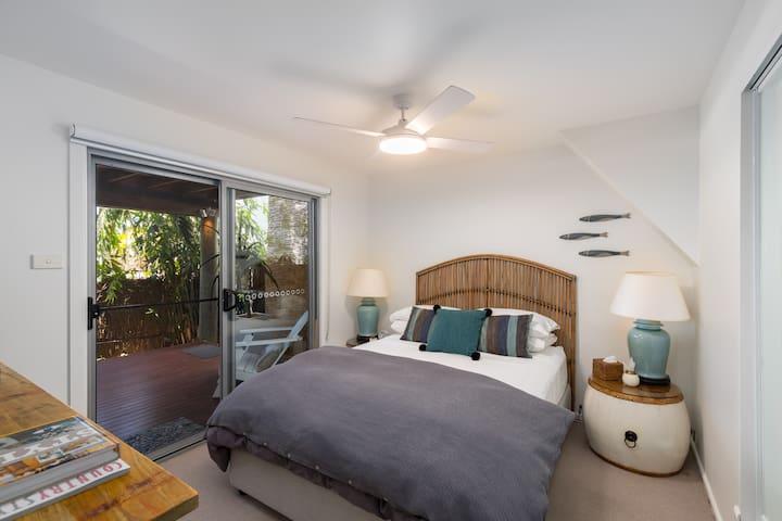 Bedroom opening onto deck/