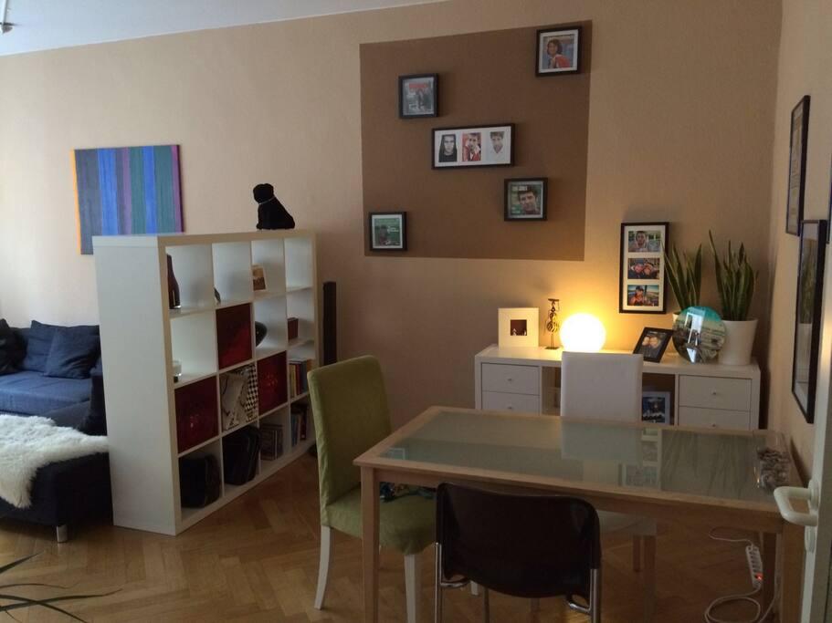 Wohnzimmer 2 - Living Room 2