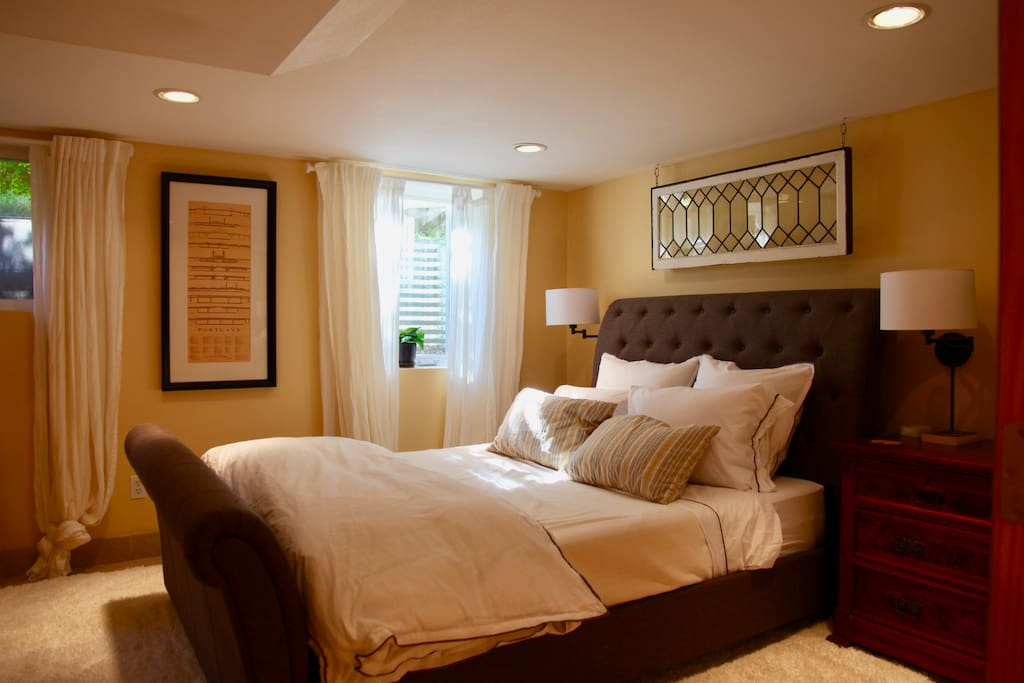 Bedroom: sleep comfortably on a casper mattress, down pillows, and high-end linens.
