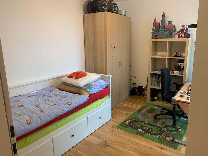 Neues Privatzimmer in Neubauwohnung Nähe S-Bahn