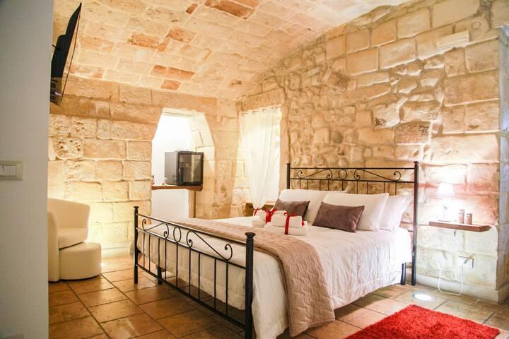 Longobardi Family & Junior Suites |SITCase
