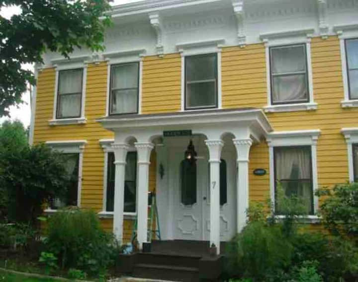 Room for rent in historic house (2 of 3)