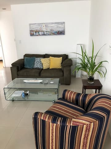 MI 302 - 2 bedrooms apartment fully furnished!!