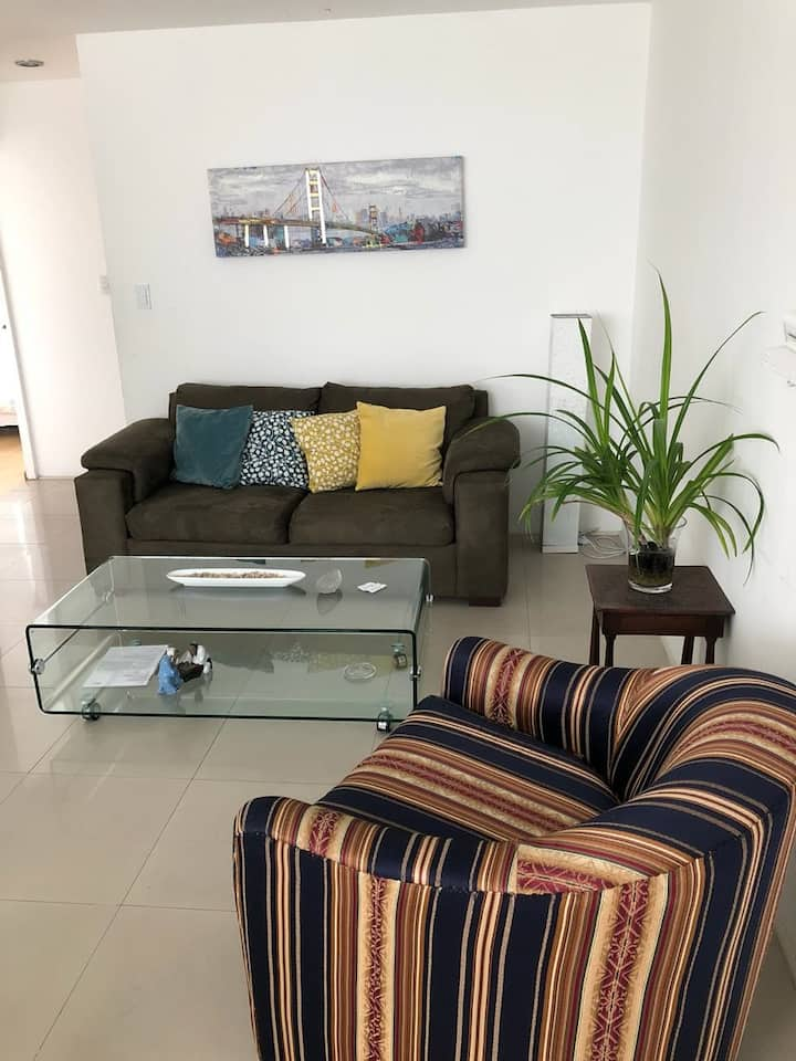 MI 302 - 2 Bedrooms Apartment Fully Furnished!