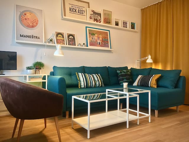 Sunny, cozy apartment in Kreuzberg