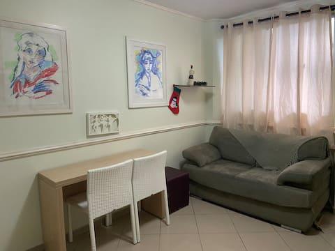 Casa mobiliada e decorada / Cond. fechado Poá - SP