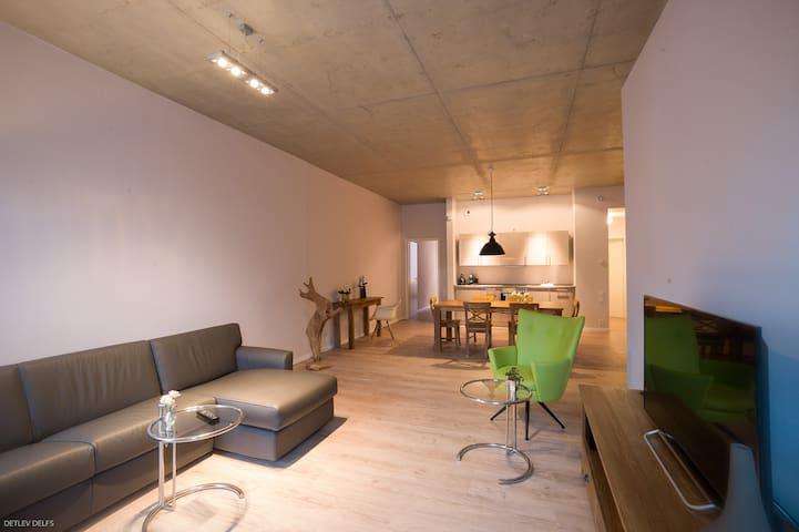 Moderne Ferienwohnungen am Wasser - Brandeburgo - Loft