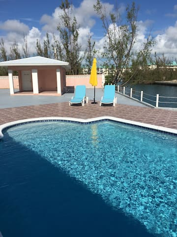LIVE IN PARADISE  On the water - Freeport - Departamento