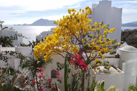 Manzanillo, Las Hadas Peninsula - Manzanillo