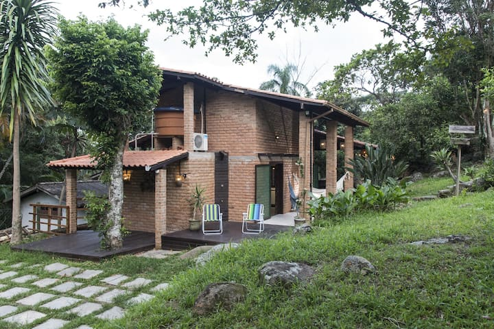 House Surrounded by Nature in Sambaqui