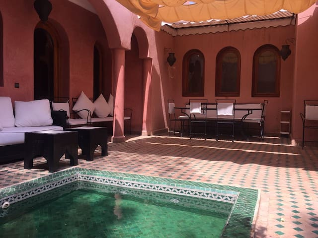 RIAD KAMAH - pretty Riad with Swimming pool in Marrakech Palmeraie
