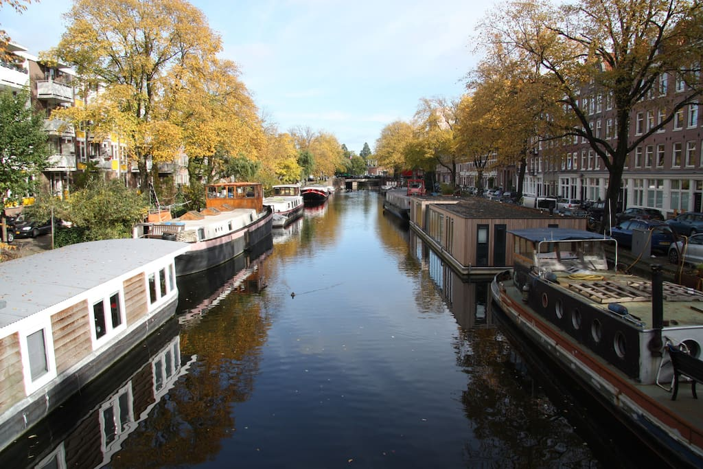 A view from the bridge over the canal. You will find your houseboat in the background on the left.