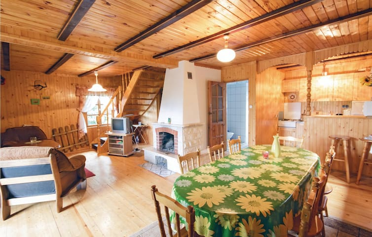 Holiday cottage with 3 bedrooms on 109m² in Dabrówno