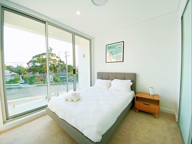 Best in Miranda! 4 bedrooms townhouse new and cozy