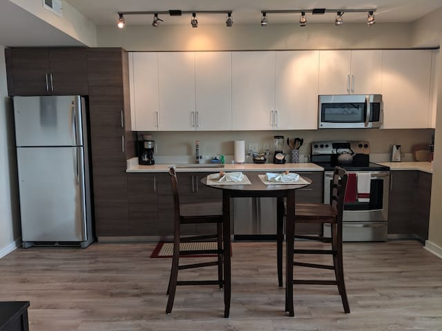 Luxury Pentagon City 1 BR