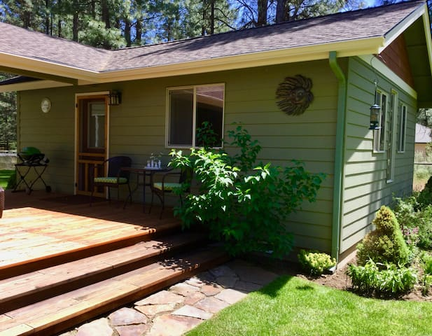 Cozy Casita by the Forest