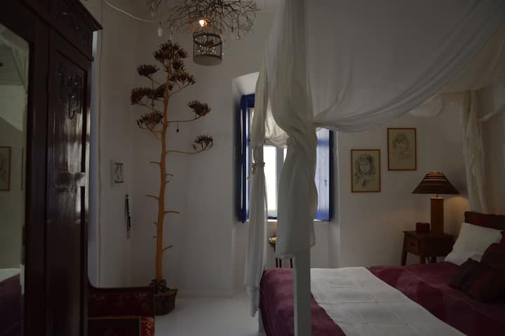 two rooms in the center of Hydra