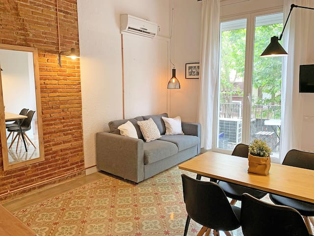 Apartamento soleado cerca de Ramblas Wifi *Bcn*