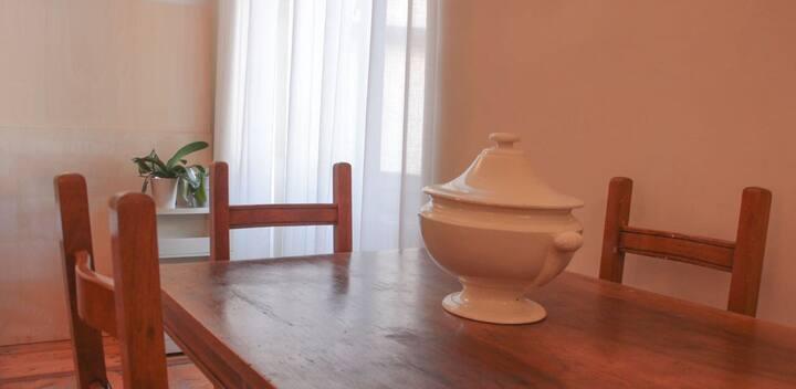 """Appartamento """"centralissimo"""" in palazzo storico"""