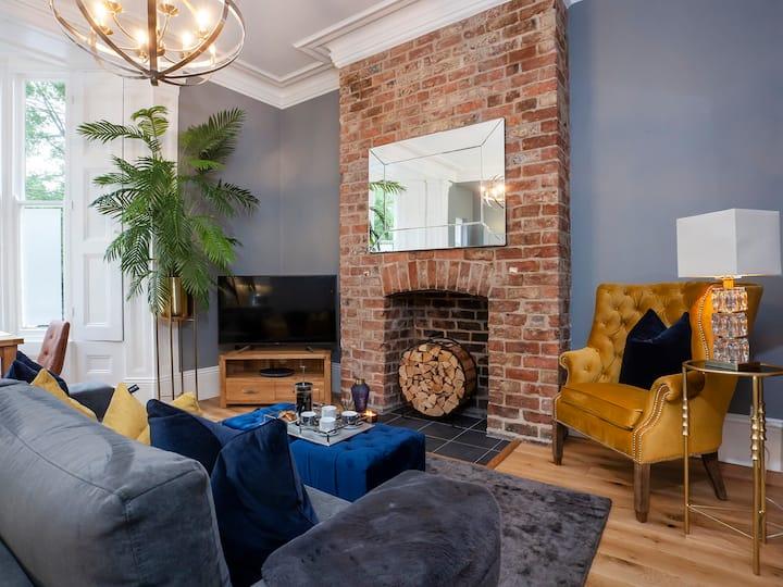 Bootham Luxury Apartments-Apartment 2
