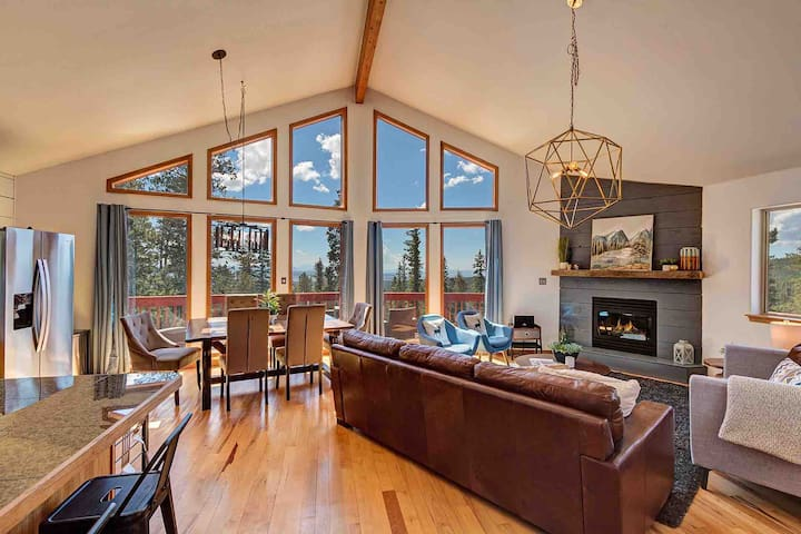 Enjoy world class views from the floor to ceiling windows in the great room.