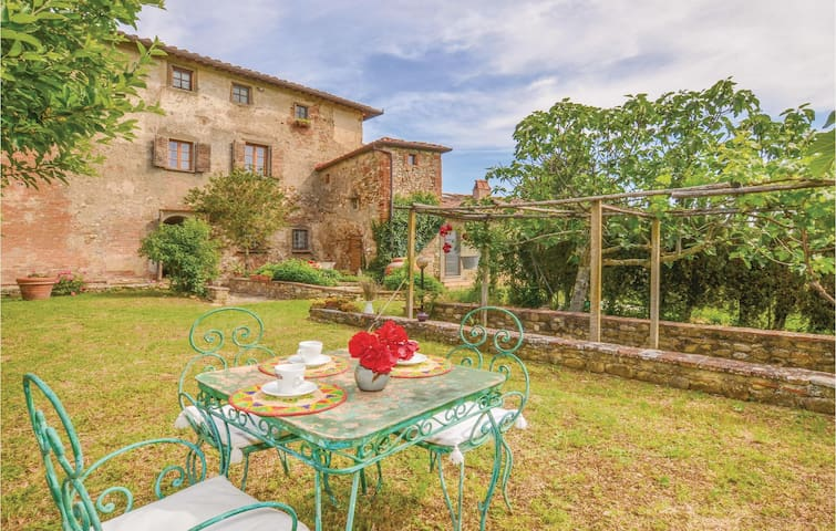 Holiday apartment with 2 bedrooms on 80 m² in S.Casciano Val di Pesa