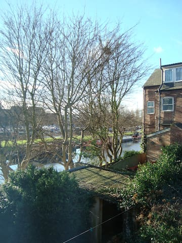 Terraced house by the canal