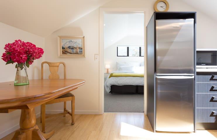 Charming loft apartment - Queenstown - Flat