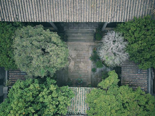 老街区800平方百年私塾空间Traditional Lingnan House[兆年家塾]
