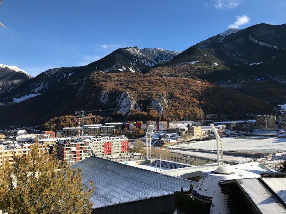 Apartamento c ntrico y con vistas en andorra apartments for rent in andorra la vella - Andorra la vella apartamentos ...