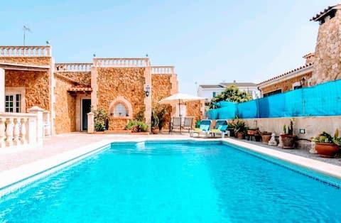 Villa with Private Pool in Badia Blava