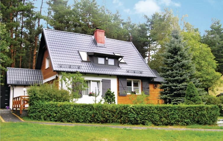 Holiday cottage with 2 bedrooms on 140 m² in Szemud
