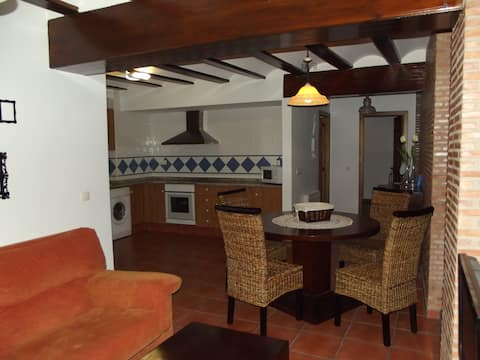 Casa Rural Las Cuevas 3 (GOLLISNO)