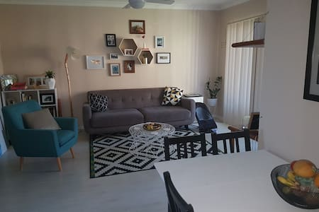 Lovely apartment close to beach, shops & parks. - Matraville - Wohnung