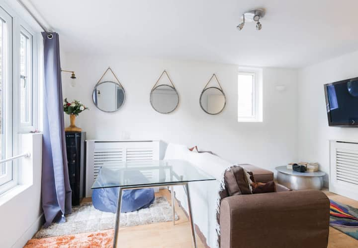 Superb flat in the centre of Camden, London