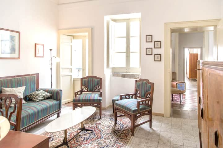 Apartment with 3 bedrooms in Siracusa, with furnished balcony and WiFi - 80 m from the beach