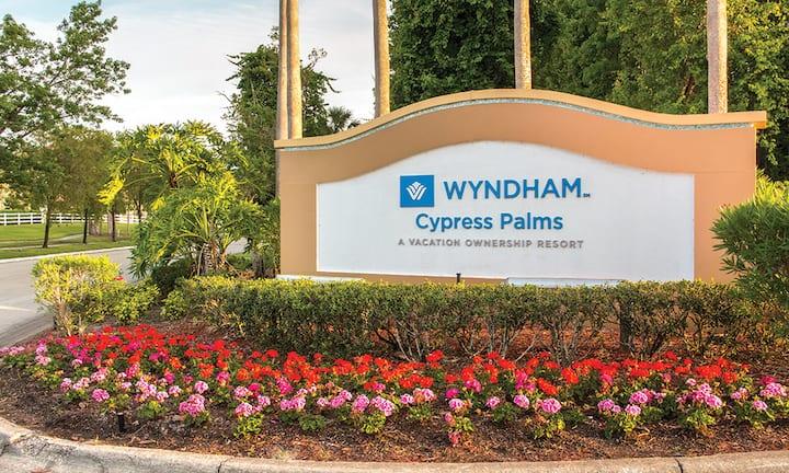 Wyndham Resort 10 Minutes from Disney, Sleeps 8