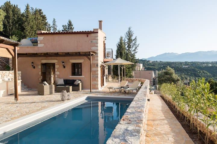 Hera in Rhea Residence Gavalochori, private pool