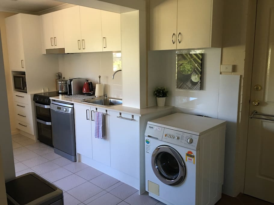 Fully equipped kitchen & laundry facility