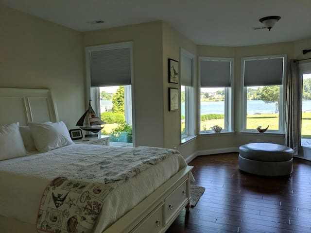 Waterfront Views from your Master bedroom.