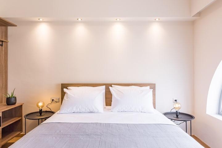 Urban Loft - Stylish One Bedroom Apartment