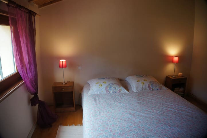 chambre étage lit en 160