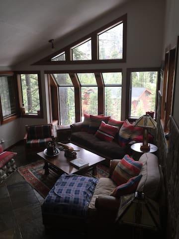Prime Alpine Meadows Ski lease home - Alpine Meadows - House