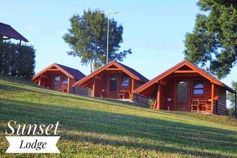 Cabanutele Sunset Lodge- liniste si relaxare